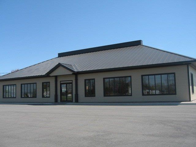 Bâtisse commerciale à louer à Rigaud, Montérégie, 433, Chemin de la Grande-Ligne, 26400924 - Centris.ca