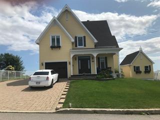 Maison à vendre à Baie-Comeau, Côte-Nord, 72, Avenue  Fraser, 14529420 - Centris.ca
