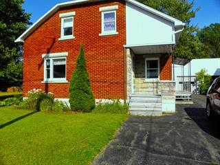 House for sale in Saint-François-du-Lac, Centre-du-Québec, 29, Rue  Lacharité, 24432181 - Centris.ca
