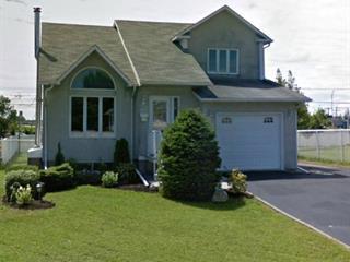 Maison à vendre à Mascouche, Lanaudière, 933, Rue  Sauvé, 28661799 - Centris.ca