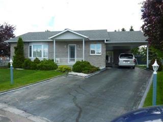 Maison à vendre à Dolbeau-Mistassini, Saguenay/Lac-Saint-Jean, 462, Rue  Balzac, 21407948 - Centris.ca