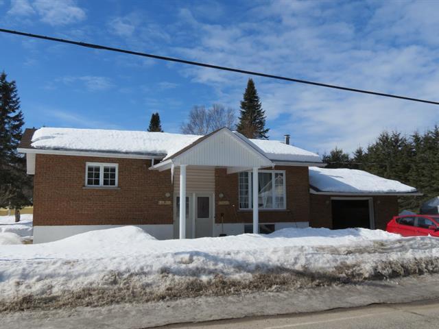 House for sale in Rivière-Rouge, Laurentides, 1823 - 1827, Chemin du Rapide, 11763419 - Centris.ca