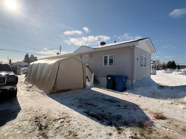 Mobile home for sale in Roberval, Saguenay/Lac-Saint-Jean, 937, Rue  Rémi-Meunier, 24831906 - Centris.ca