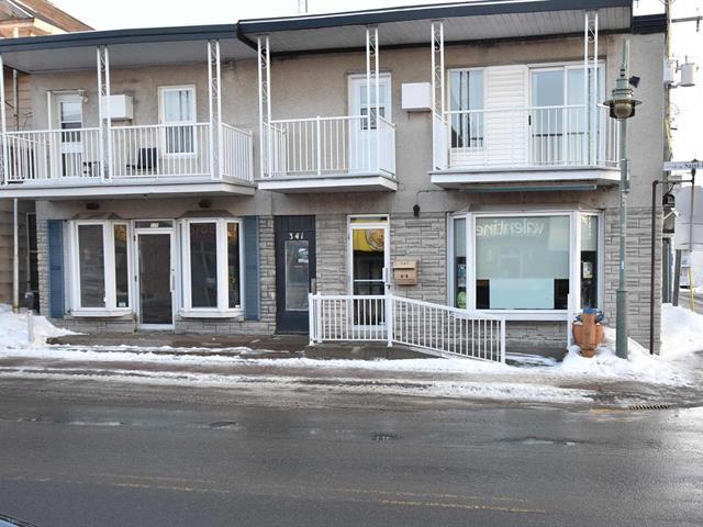 Immeuble à revenus à vendre à Louiseville, Mauricie, 335 - 343, Avenue  Saint-Laurent, 15124352 - Centris.ca