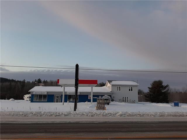 Immeuble à revenus à vendre à Duhamel-Ouest, Abitibi-Témiscamingue, 263Z - 265, Route  101 Sud, 26065854 - Centris.ca
