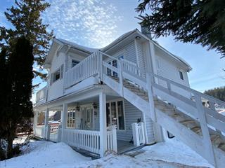 Triplex for sale in Gracefield, Outaouais, 11, Rue  Principale, 15480382 - Centris.ca