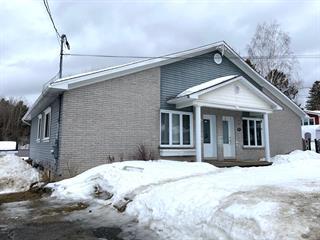 House for sale in Ascot Corner, Estrie, 79, Rue du Collège, 17947894 - Centris.ca