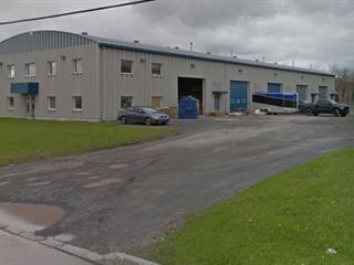 Bâtisse commerciale à vendre à Lévis (Les Chutes-de-la-Chaudière-Ouest), Chaudière-Appalaches, 810, Rue  J.-Ambroise-Craig, 26274236 - Centris.ca