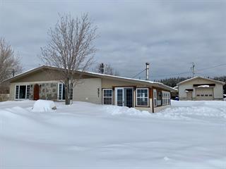 House for sale in Saint-Siméon (Gaspésie/Îles-de-la-Madeleine), Gaspésie/Îles-de-la-Madeleine, 251, boulevard  Perron Ouest, 27713000 - Centris.ca