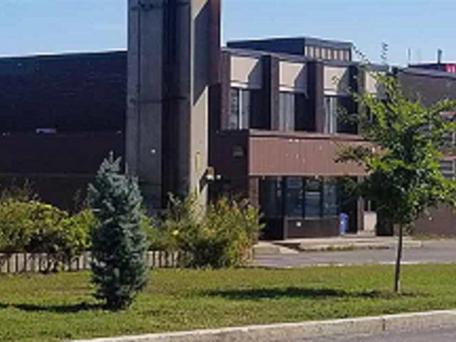 Industrial building for rent in Montréal-Est, Montréal (Island), 405 - 425, Avenue  Marien, 12811746 - Centris.ca
