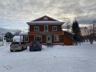Commercial building for sale in Val-Brillant, Bas-Saint-Laurent, 31, Rue  Saint-Pierre Ouest, 24091459 - Centris.ca