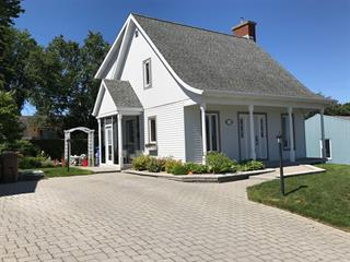 Maison à vendre à Rimouski, Bas-Saint-Laurent, 221, Rue des Commandeurs, 15748122 - Centris.ca
