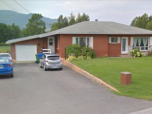 Maison à vendre à Carleton-sur-Mer, Gaspésie/Îles-de-la-Madeleine, 982, boulevard  Perron, 19444706 - Centris.ca