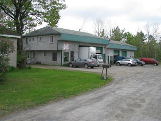 Industrial building for sale in Saint-Jérôme, Laurentides, 727 - 733, Rue  De Martigny Ouest, 13089177 - Centris.ca
