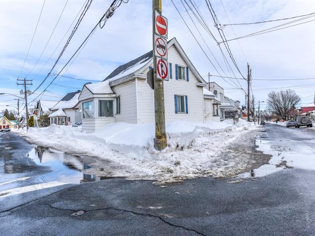 Quadruplex for sale in Saint-Joseph-de-Sorel, Montérégie, 515 - 515B, Rue  Champlain, 19613942 - Centris.ca