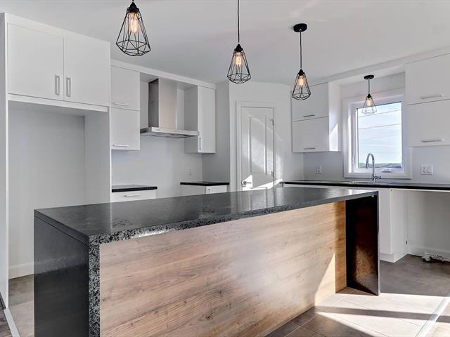 Maison à vendre à Lévis (Les Chutes-de-la-Chaudière-Ouest), Chaudière-Appalaches, Rue des Godets, 19196229 - Centris.ca