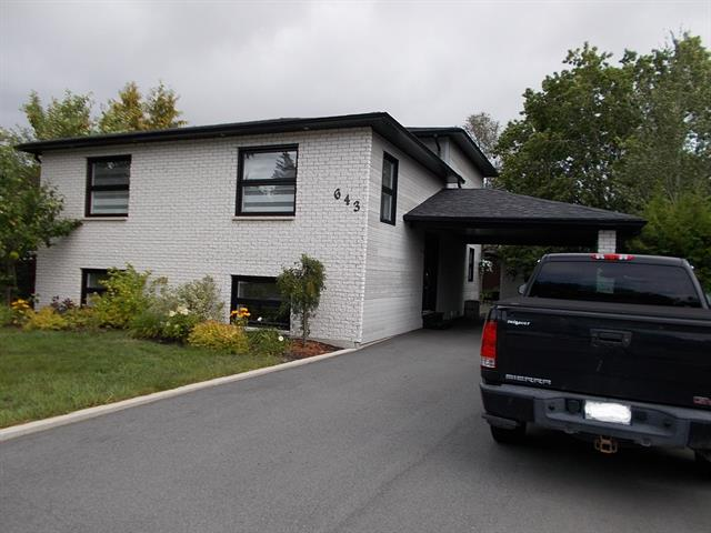 House for sale in Rouyn-Noranda, Abitibi-Témiscamingue, 643, Rue  Pharand, 18732693 - Centris.ca