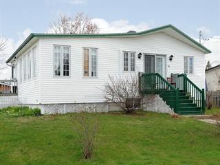 Maison à vendre à Rivière-Beaudette, Montérégie, 74, Rue  Clément, 24286185 - Centris.ca
