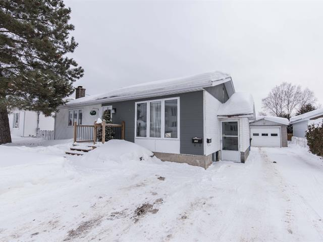 Duplex for sale in Val-d'Or, Abitibi-Témiscamingue, 198, Rue  Thibault, 11710767 - Centris.ca