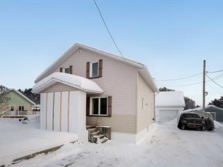 Maison à vendre à Saint-Raymond, Capitale-Nationale, 330, Avenue  Barrette, 24312411 - Centris.ca