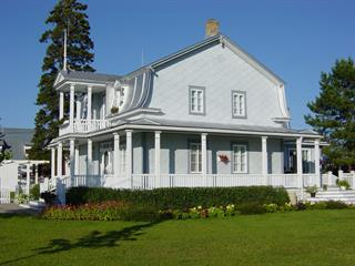 Maison à vendre à Saint-Hubert-de-Rivière-du-Loup, Bas-Saint-Laurent, 5, Rue  Massé, 18204282 - Centris.ca