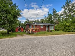 House for sale in Déléage, Outaouais, 206, Chemin de la Rivière-Gatineau Nord, 17761766 - Centris.ca