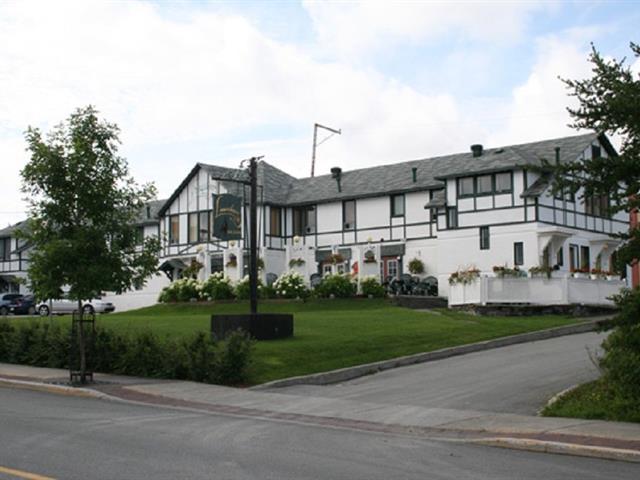 Immeuble à revenus à vendre à Val-d'Or, Abitibi-Témiscamingue, 166 - 168, Avenue  Perrault, 17031580 - Centris.ca