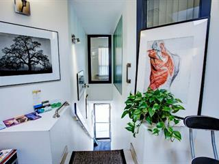 Commercial unit for rent in Montréal (Le Plateau-Mont-Royal), Montréal (Island), 5071, Rue  Saint-Denis, 12498162 - Centris.ca