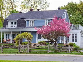 House for sale in Pointe-Claire, Montréal (Island), 125, Chemin du Bord-du-Lac-Lakeshore, 20133618 - Centris.ca