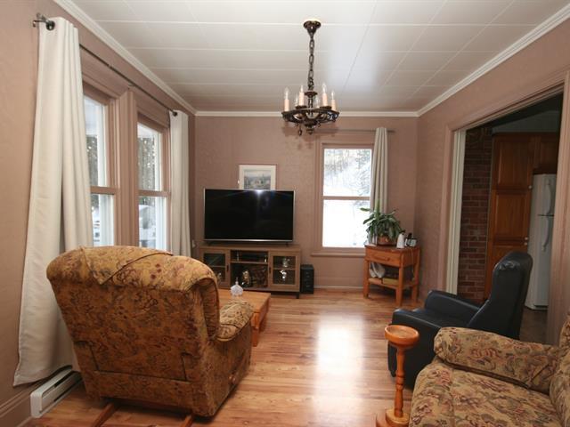 Maison à vendre à Portneuf, Capitale-Nationale, 2021, Rue  Saint-Charles, 14270972 - Centris.ca