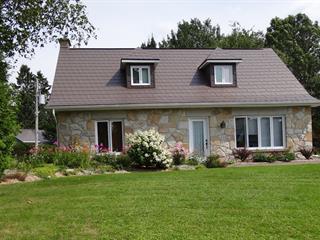 Maison à vendre à Lac-Etchemin, Chaudière-Appalaches, 301, Rue de la Colline, 14170130 - Centris.ca