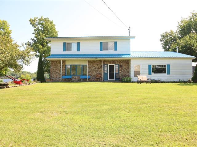 Maison à vendre à Brownsburg-Chatham, Laurentides, 929, Route des Outaouais, 16905140 - Centris.ca