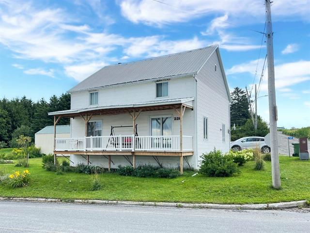 House for sale in Armagh, Chaudière-Appalaches, 226, Rue de la Station, 28270295 - Centris.ca