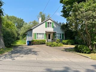 House for sale in Léry, Montérégie, 605, Chemin du Lac-Saint-Louis, 15539492 - Centris.ca