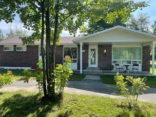 Maison à vendre à Shawinigan, Mauricie, 315, Rue de l'Hydravion, 27442107 - Centris.ca