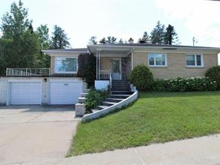 Maison à vendre à Dolbeau-Mistassini, Saguenay/Lac-Saint-Jean, 2809, boulevard  Wallberg, 17013656 - Centris.ca