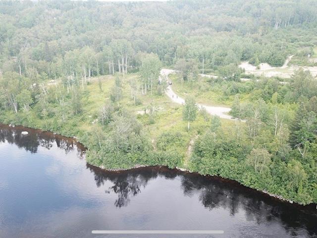 Terrain à vendre à Alma, Saguenay/Lac-Saint-Jean, 7, Chemin du Pic, 12168297 - Centris.ca