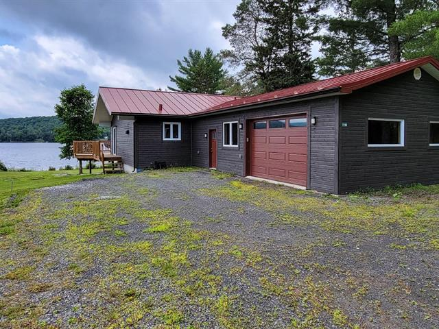 House for rent in Saint-Herménégilde, Estrie, 1196, Route  141, 13917683 - Centris.ca
