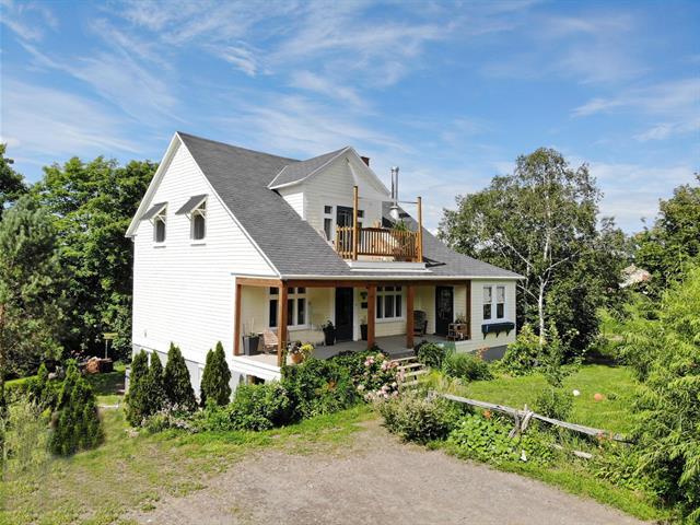 Maison à vendre à Saint-Jean-Port-Joli, Chaudière-Appalaches, 142, Avenue  De Gaspé Ouest, 12558633 - Centris.ca