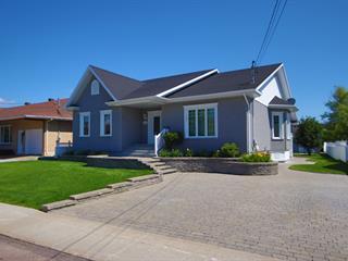 House for sale in Baie-Comeau, Côte-Nord, 16, Avenue  Parent, 25371371 - Centris.ca