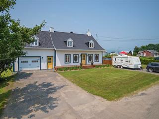 Maison à vendre à Saint-Pierre-de-l'Île-d'Orléans, Capitale-Nationale, 1739, Chemin  Royal, 24703012 - Centris.ca