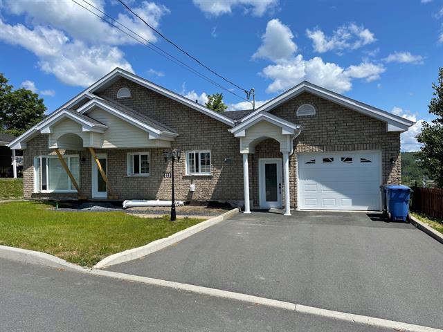 Maison à vendre à Beauceville, Chaudière-Appalaches, 213, 34e Avenue, 16206198 - Centris.ca