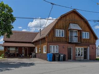 Immeuble à revenus à vendre à Shawville, Outaouais, 360, Rue  Lang, 17457187 - Centris.ca