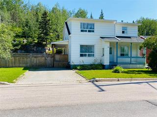 House for sale in Baie-Comeau, Côte-Nord, 84, Avenue  Laval, 16504715 - Centris.ca