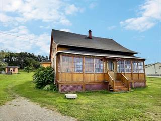 Maison à vendre à Baie-des-Sables, Bas-Saint-Laurent, 170, Route  132, 12020547 - Centris.ca