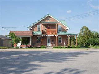 Duplex à vendre à Mont-Laurier, Laurentides, 600, Rue  Frontenac, 14067790 - Centris.ca
