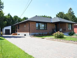 House for sale in Lachute, Laurentides, 106, Rue  Cottingham, 23599407 - Centris.ca