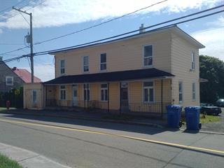 Duplex à vendre à Château-Richer, Capitale-Nationale, 8092 - 8094, Avenue  Royale, 20754922 - Centris.ca