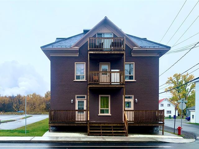 Quintuplex à vendre à Rivière-du-Loup, Bas-Saint-Laurent, 190 - 192, Rue  Témiscouata, 17622588 - Centris.ca