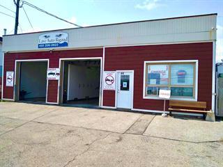 Bâtisse commerciale à vendre à Rigaud, Montérégie, 44, Rue  Saint-Jean-Baptiste Ouest, 21137367 - Centris.ca